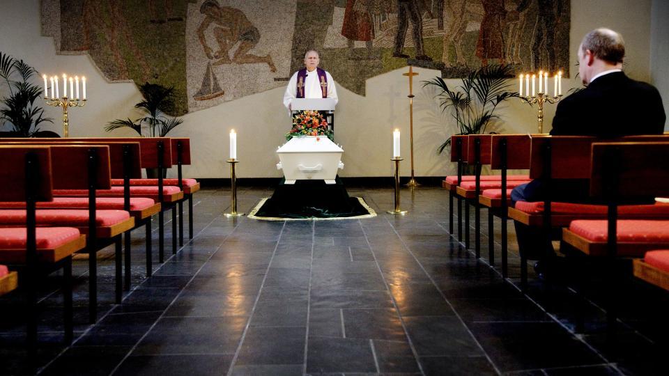 begravelse uten prest